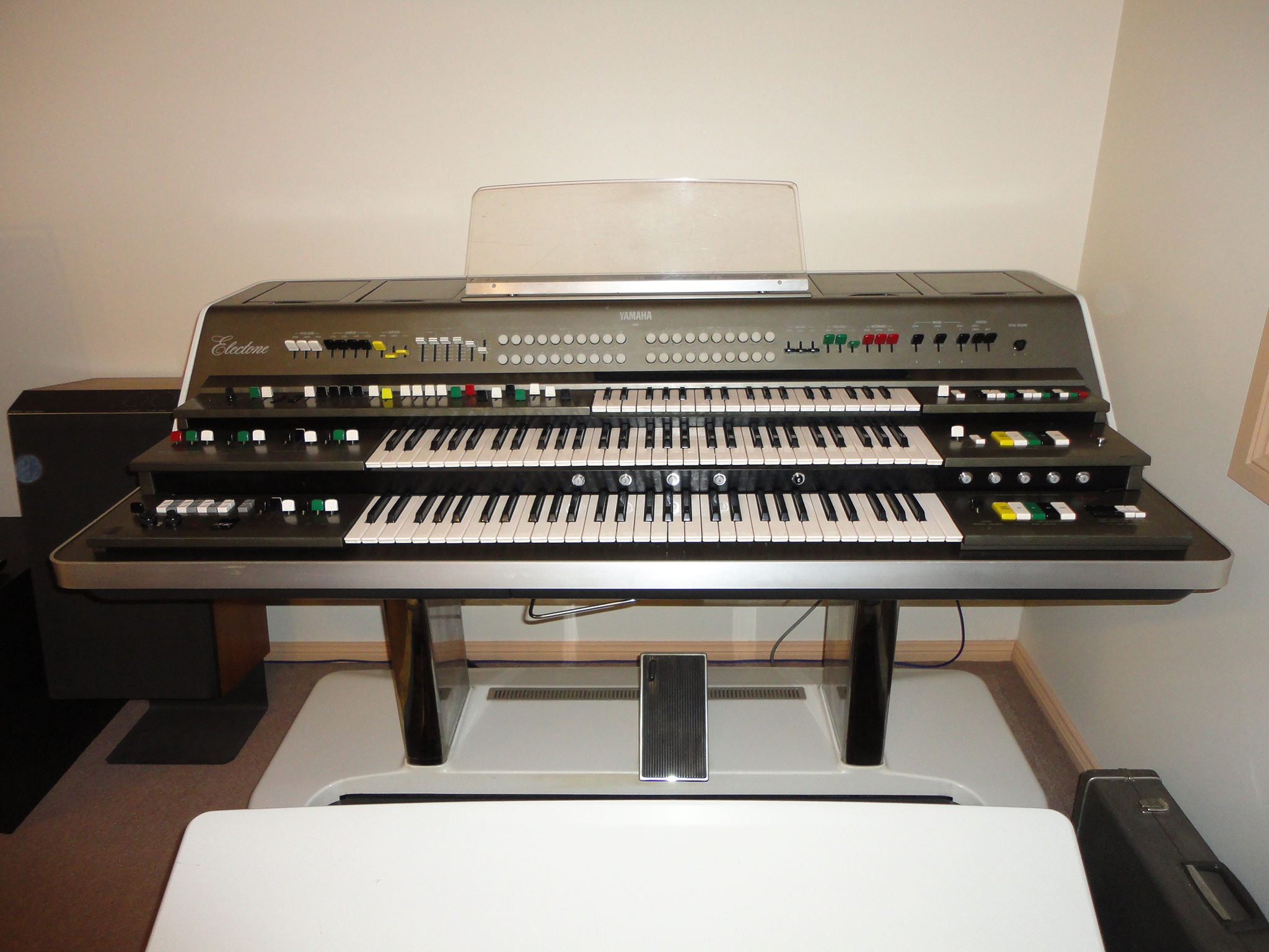 Personal electone sales sold yamaha gx 1 with 3 tx ii for Yamaha warranty registration